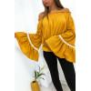 Magnifique blouse moutarde col bateaux manche évasé avec dentelle