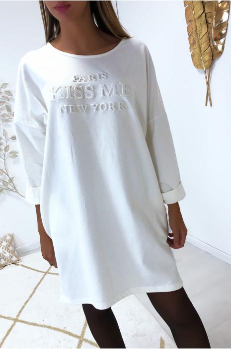 Robe tunique blanc en coton avec poche, coupe ample et écriture bombé à l'avant