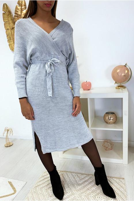 Longue robe pull croisé en gris style kimono