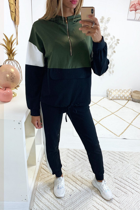 Jolie survêtement kaki tricolor avec zip dorée