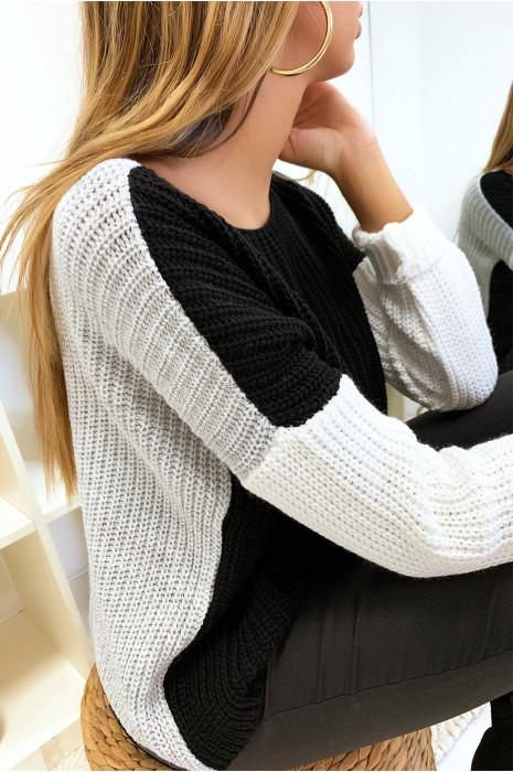Magnifique pull tri color en noir et gris