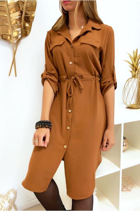 Longue robe chemise camel boutonné avec ceinture