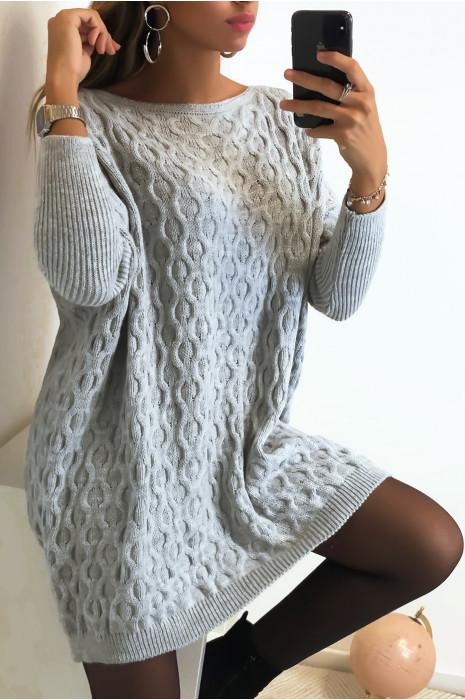 Magnifique pull ample en gris avec joli motif tressé