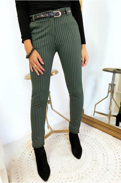 Pantalon slim kaki rayé avec poches et ceinture