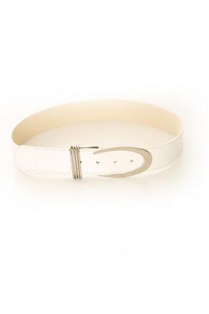 Basic white belt with silver buckle. BG-P0Z9