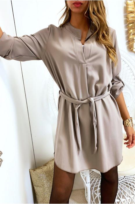 Jolie robe tunique gris col V avec ceinture et manches revers