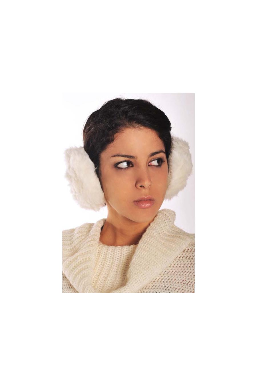 Super fashion fur earmuff, to wear very classy. Clothing wholesaler