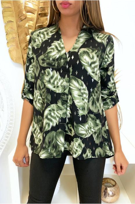 Sublime blouse motif feuille noir et kaki avec col V plis devant et manches retroussante
