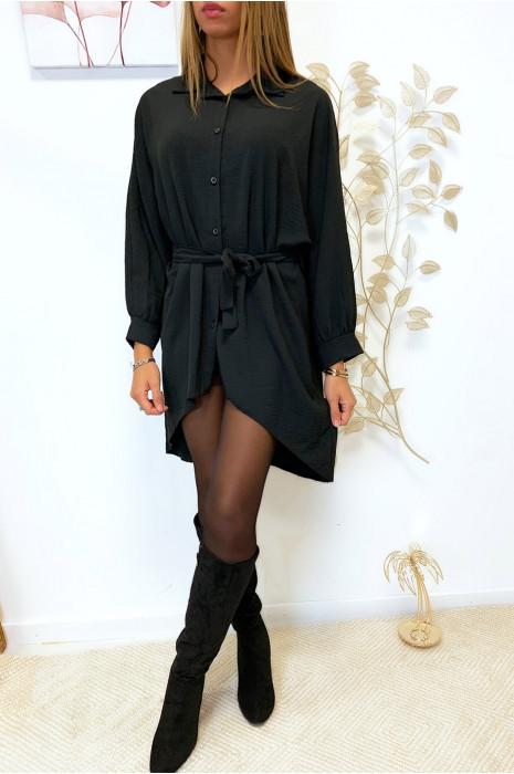 Magnifique robe chemise noir ample coupe chauve souris avec ceinture