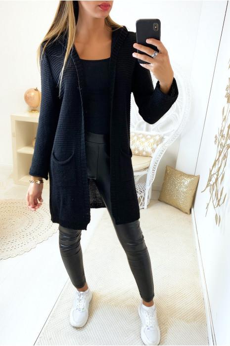 Long gilet noir à capuche avec poches et capuche