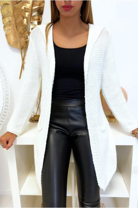 Long gilet blanc à capuche avec poches et capuche