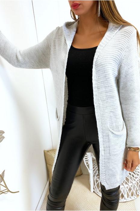 Long gilet gris à capuche avec poches et capuche