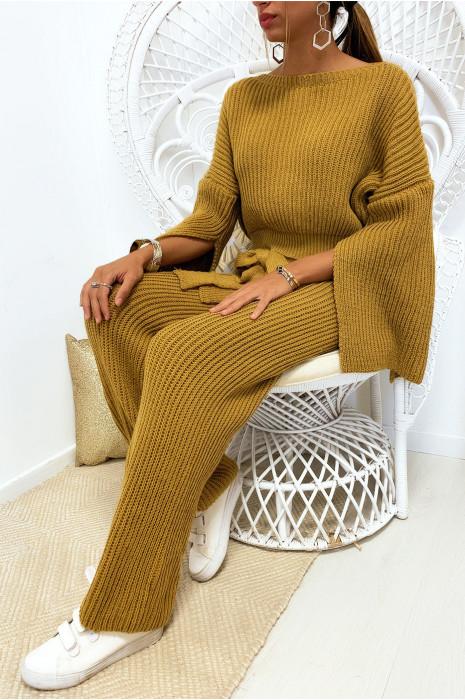 Sublime ensemble pull et pantalon moutarde bien épais ouvert aux manches