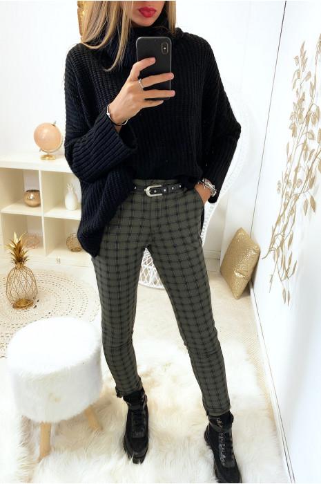 Beau pantalon kaki a carreaux avec poche et ceinture