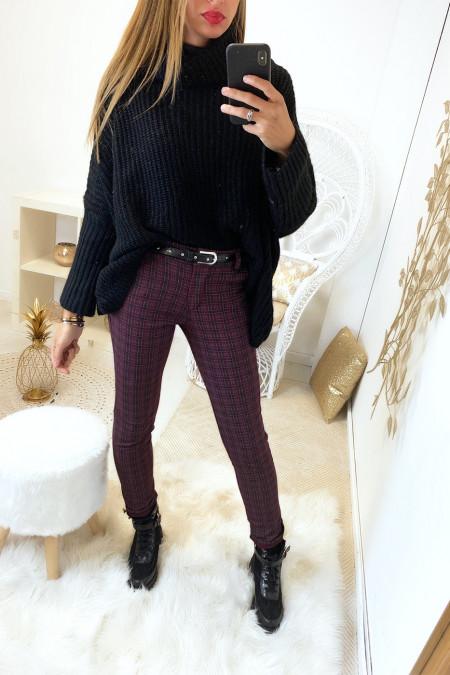Beau pantalon bordeaux a carreaux avec poche et ceinture