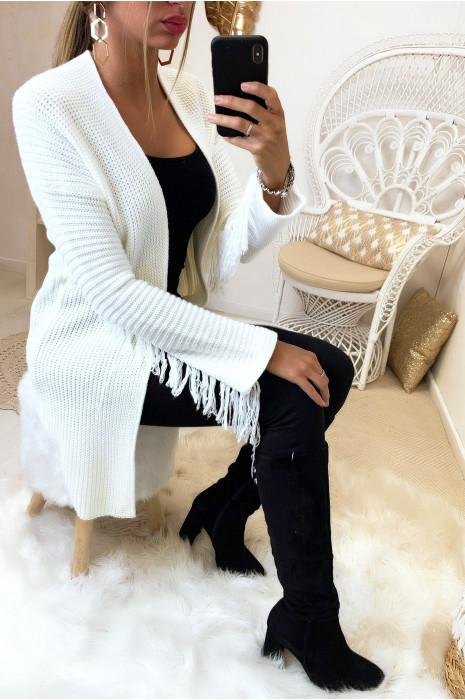 Magnifique gilet blanc avec frange aux manches