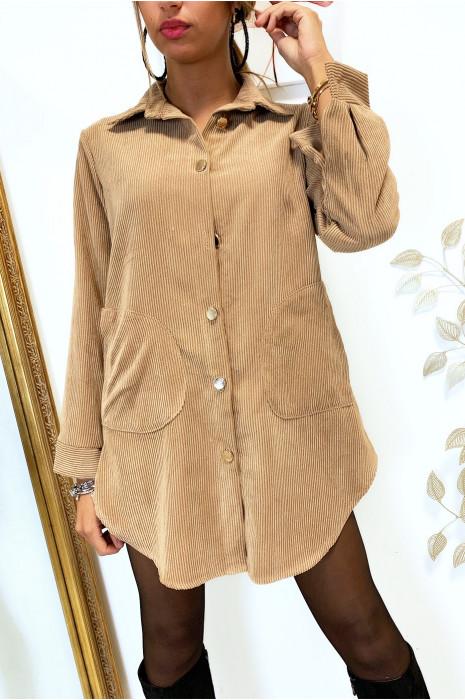 Magnifique robe chemise camel en velours boutonné avec poches