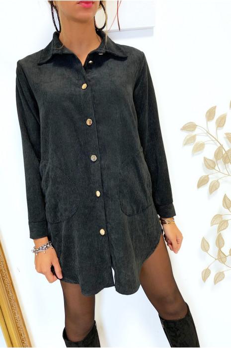 Magnifique robe chemise noir en velours boutonné avec poches