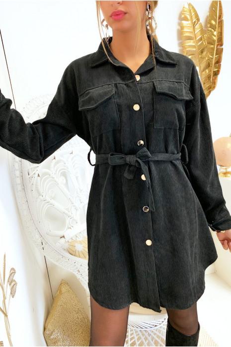 Magnifique robe chemise noir en velours boutonnés avec poches et ceinture