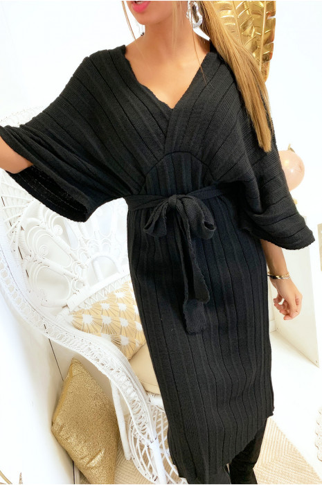 Magnifique robe kimono en maille plissé noir