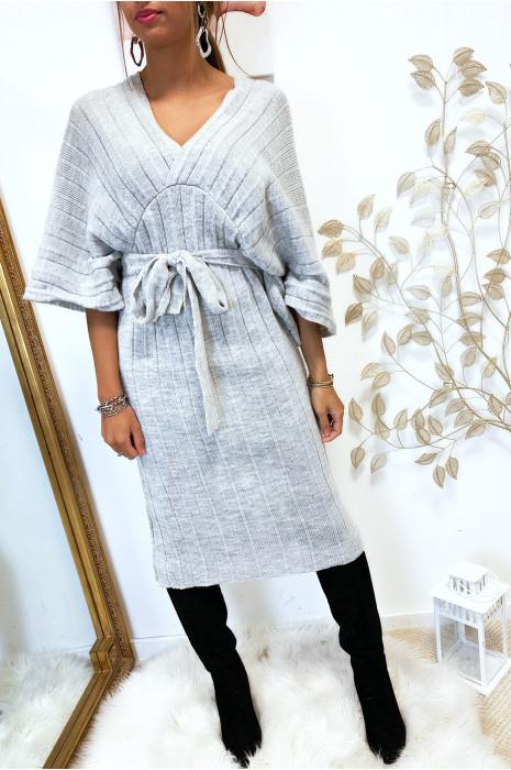 Magnifique robe kimono en maille plissé gris