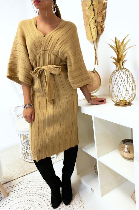 Magnifique robe kimono en maille plissé camel