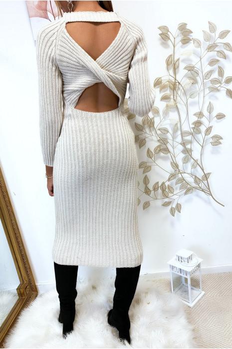 Longue robe pull beige croisé au dos