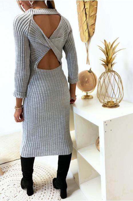 Longue robe pull gris croisé au dos
