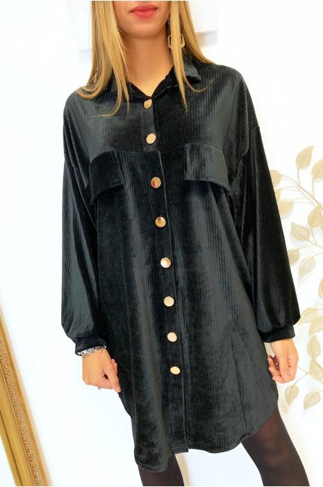 Magnifique robe chemise noir over size en velours avec boutons doré et poches