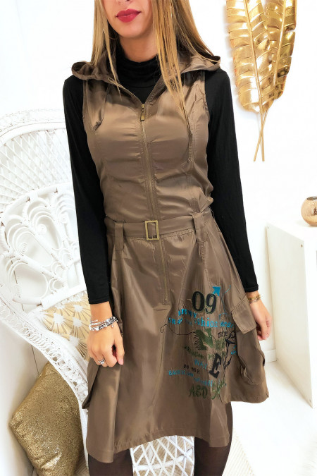 Waterproof khaki dress with embroidery closure and hood. 917