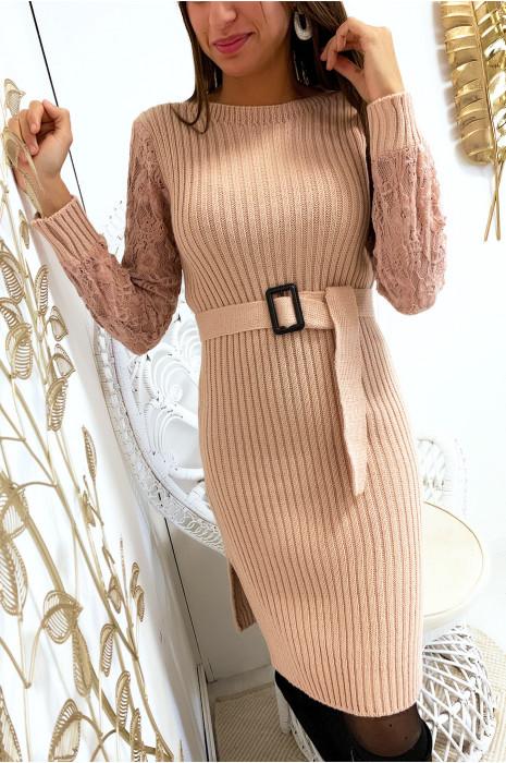 Magnifique robe pull rose manche en dentelle avec ceinture