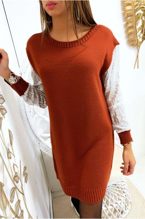 Magnifique robe pull cognac avec manches en strass