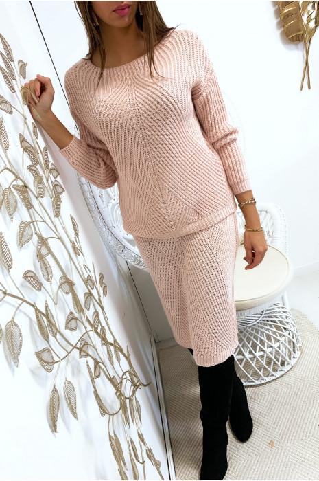 Set roze trui en 3/4 rok met gevlochten patroon