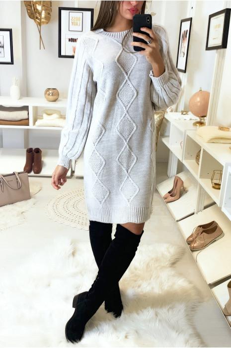 Lange losse beige gevlochten ruitvormige sweaterjurk