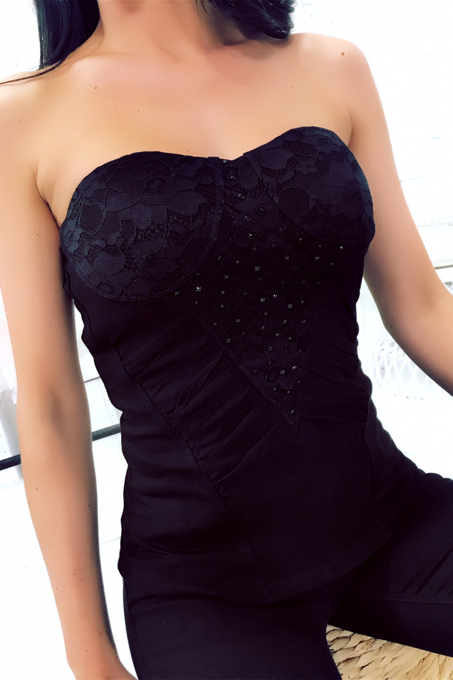 Black bustier top, rhinestones and lace. 2873