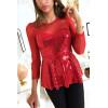 Jolie blouse à volant avec mousseline rouge en haut et strass doré en forme de bustier