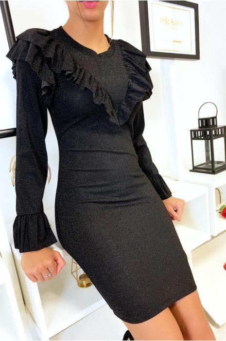 Jolie robe brillante en noire avec froufrou devant et volant aux manches