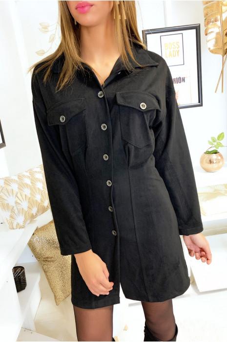 Robe chemise an velours noir côtelé avec poches en haut et cintré en bas