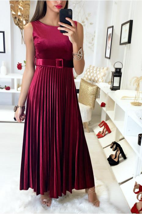 Long Burgundy Velvet Dress With Belt And Pleated Skirt