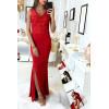 Longue robe de soirée rouge avec broderie et fente à la jupe