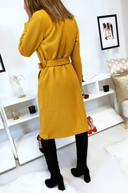 Long mustard double breasted jacket lined inside with pockets and belt