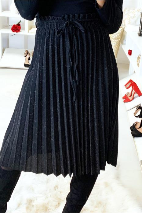 Jolie jupe plissé 3/4 noir pailleté avec ceinture