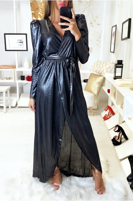 Sublime robe porte feuille noir dans une jolie matière brillante