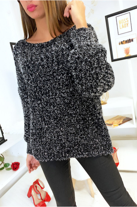 Mooie zwarte pullover gevlochten met zilverdraad