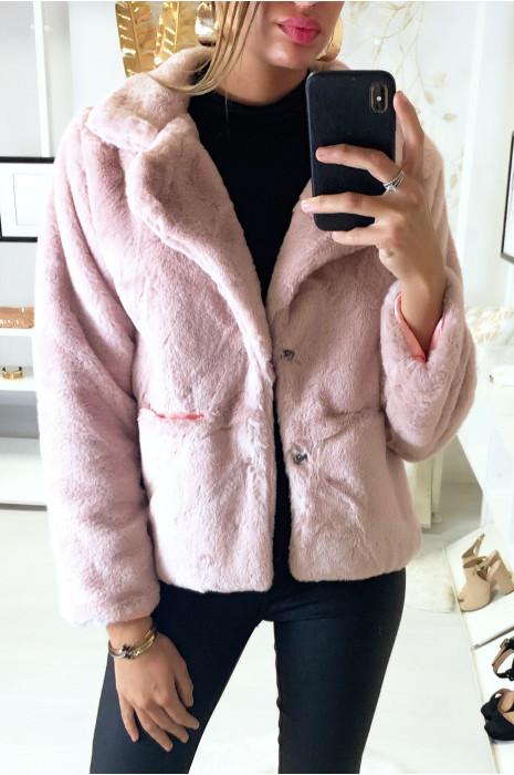 Veste rose très douce en fausse fourrure
