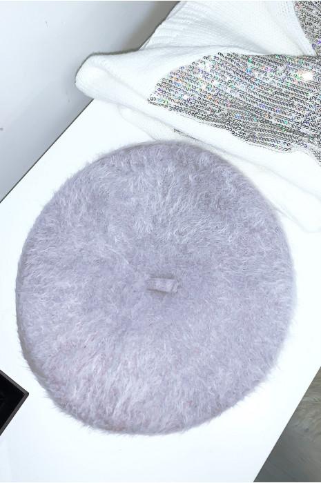 Jolie béret gris avec matière douce