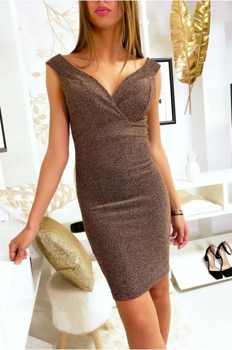 Sublime robe doré brillante croisé devant avec bretelle tombant aux épaules