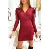 Jolie robe bordeaux très douce et brillante croisé devant avec épaule bouffante et ceinture