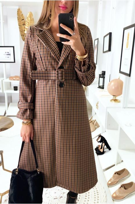 magnifique manteau camel à motif avec ceinture