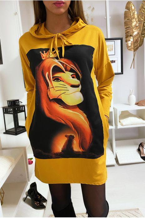 Long sweat à capuche jaune avec dessin roi lion devant